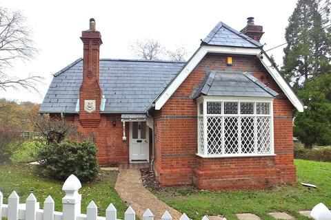 2 bedroom cottage to rent - Otterbourne