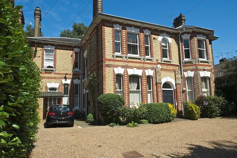 2 bedroom apartment to rent - Chilston Road, TUNBRIDGE WELLS