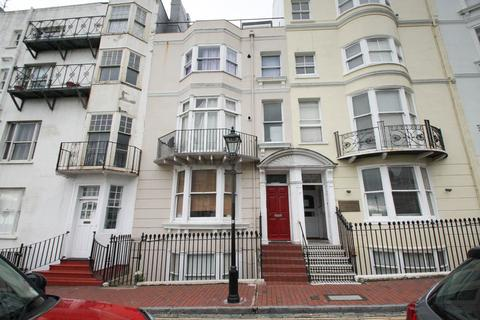 2 bedroom apartment to rent - New Steine, Brighton, East Sussex