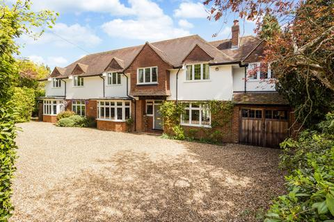 7 bedroom detached house for sale - High Road, Chipstead