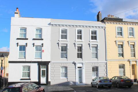 3 bedroom terraced house to rent - Wolsdon Place, Wyndham Square, Plymouth
