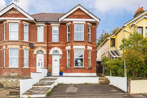4 bedroom semi-detached house to rent - Alexandra Road, Poole, BH14