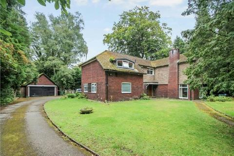 2 bedroom apartment - The Conifers, Suffolk Road, Altrincham