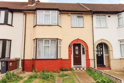 3 bedroom terraced house to rent - Whitebarn Lane, Dagenham, London, RM10 9LP
