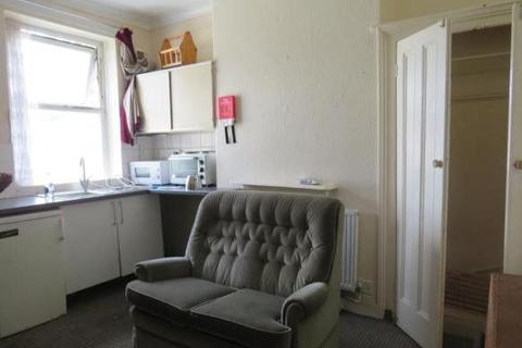 Studio to rent - Clive Street, Cardiff, Cardiff (County of)