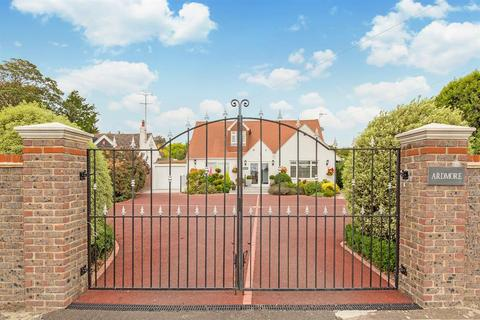 5 bedroom detached house for sale - Ardmore, West Street, Lancing, BN15 0DA