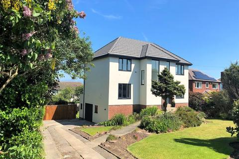 4 bedroom detached house for sale - Column Road, West Kirby