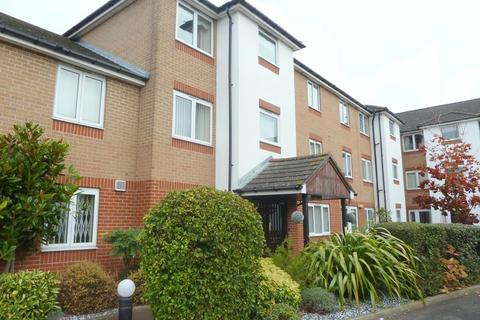 1 bedroom apartment to rent - Oakleigh Close, Swanley