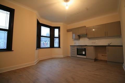 1 bedroom flat to rent - St Stephens Road, East Ham E6