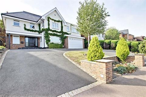 5 bedroom detached house to rent - Broadgates Avenue, Hadley Wood, Hertfordshire