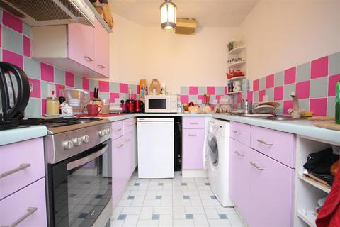 1 bedroom flat to rent - Shaftesbury Gardens, North Acton, NW10 6LP