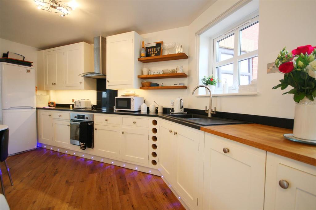 Kitchen 9 TQ
