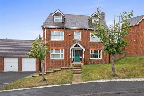 5 bedroom detached house for sale - House Meadow, Ashford, Kent