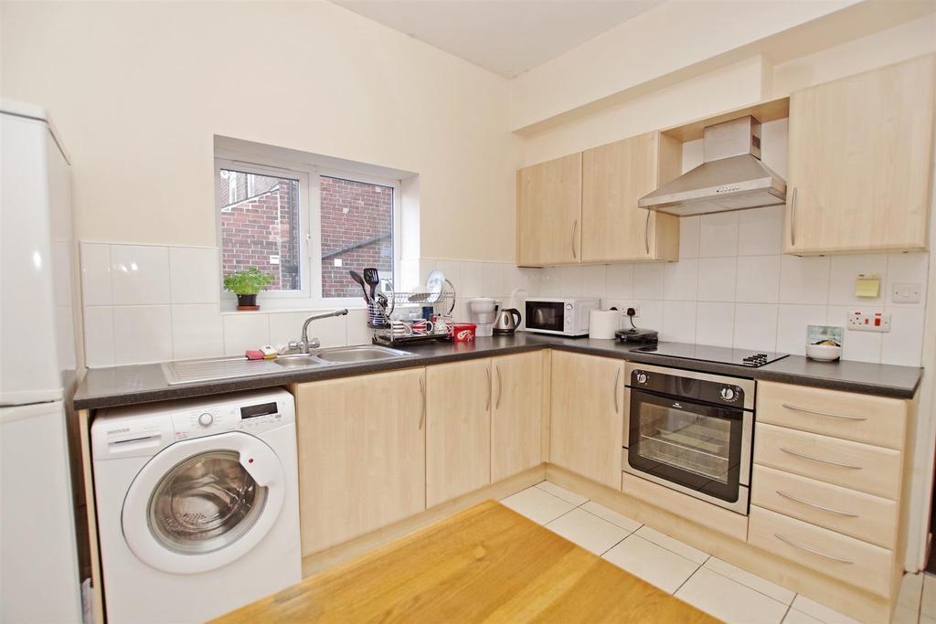 Dining Kitchen 2.jpg