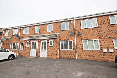 3 bedroom terraced house to rent - Barr House Court, Consett