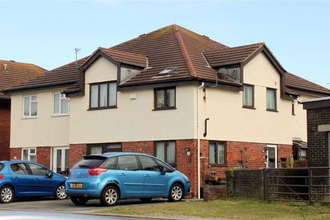 3 bedroom townhouse for sale - Lloyd Street West, Llandudno, Conwy