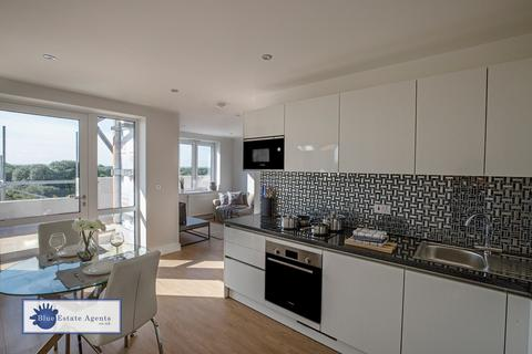 1 bedroom apartment for sale - Staines Road, Hounslow, TW4