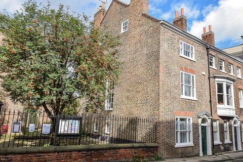 4 bedroom terraced house for sale - St. Saviourgate, York