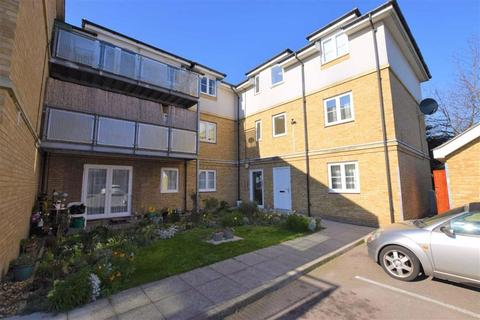 1 bedroom flat to rent - Lockwood Place, Chingford