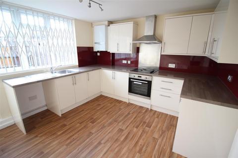 4 bedroom townhouse to rent - Northumberland Park, Tottenham, N17