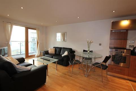 2 bedroom flat to rent - Mackenzie House, Leeds Dock