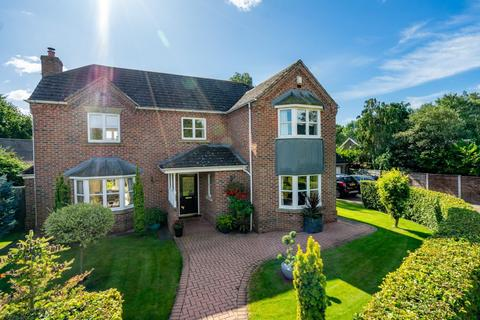 4 bedroom detached house for sale - Lawnway, Stockton Lane, York