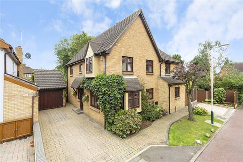 4 bedroom detached house for sale - Spinney Close, Rainham, RM13