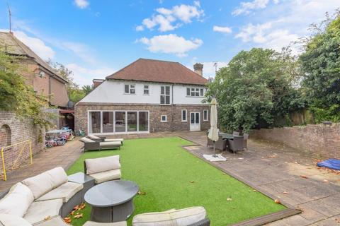 4 bedroom detached house for sale - Woodland Drive, Hove, East Sussex, BN3