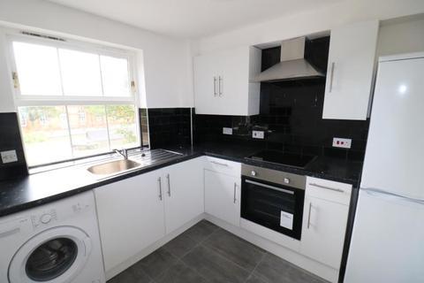 2 bedroom flat to rent - Harston Drive, Enfield, EN3