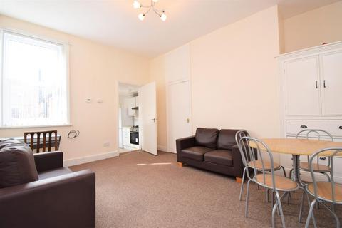 3 bedroom flat to rent - Bayswater Road, Jesmond, Newcastle Upon Tyne