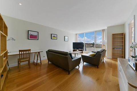 3 bedroom flat to rent - Eaton House, Westferry Circus, Nr Canary Wharf, London, E14