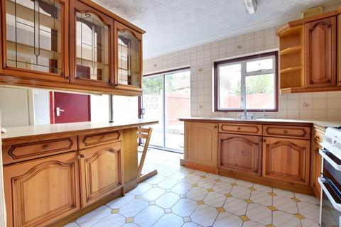 3 bedroom terraced house to rent - Yeading Lane, Hayes, Middlesex UB4 9AU