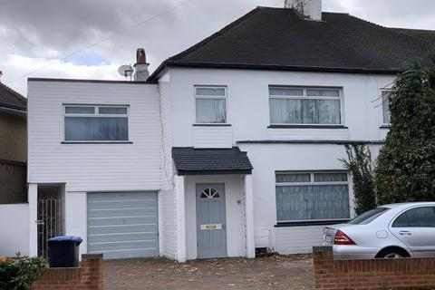 1 bedroom house share to rent - Willow Road, Enfield EN1