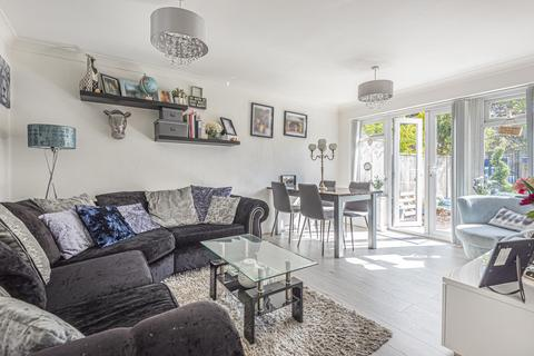 2 bedroom apartment to rent - BURNHAM, SL1 7EH