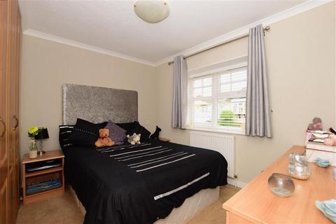 2 bedroom park home for sale - Palm Court, Battlesbridge, Wickford, Essex