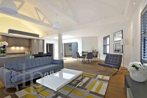 3 bedroom penthouse to rent - St Martin`s Lane, Covent Garden, WC2N