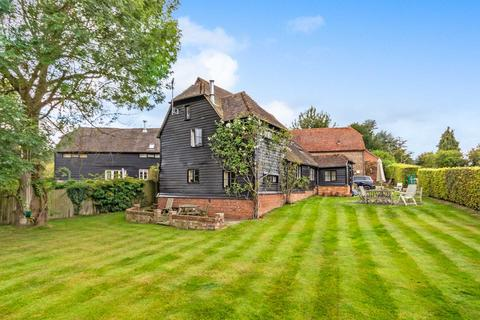 3 bedroom barn conversion for sale - Postern Lane, Tonbridge