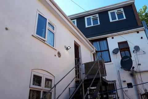 2 bedroom flat to rent - Flat 4, Moseley Road, Balsall Heath