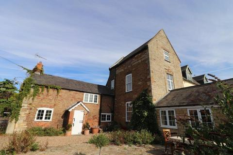 4 bedroom country house to rent - THE OLD HALL, BURTON LAZARS