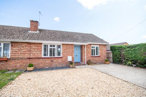 3 bedroom bungalow for sale - Elmhurst Road, Ferndown, BH22