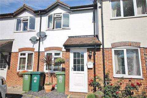 2 bedroom terraced house for sale - Willowmead, Staines-upon-Thames, Surrey, TW18