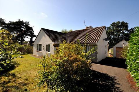 3 bedroom detached bungalow for sale - Lions Wood, St Leonards, BH24