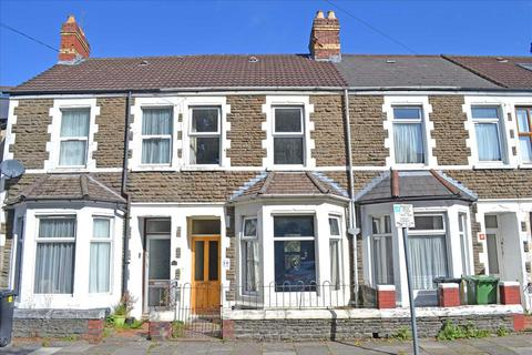 3 bedroom terraced house for sale - ALLENSBANK CRESCENT, HEATH, CARDIFF
