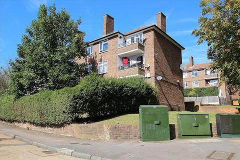 1 bedroom flat to rent - Mildenhall House, Redcar Road, Harold Wood, Romford