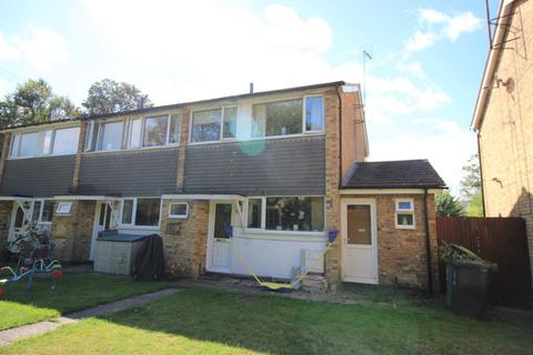 4 bedroom end of terrace house for sale - Church Lane, Milton