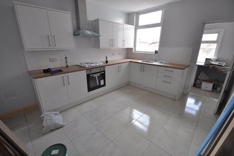 4 bedroom terraced house to rent - Percy Road, Wallasey
