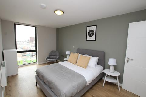 2 bedroom apartment to rent - Jesse Hartley Way, Liverpool, L3