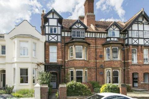 2 bedroom apartment to rent - Heath Terrace, Leamington Spa
