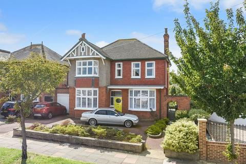 5 bedroom detached house for sale - Farwell Road, Sidcup, DA14 4LG