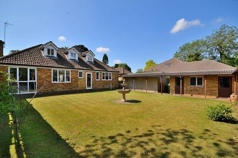 4 bedroom detached bungalow for sale - Stewkley Road, Wing, Nr Leighton Buzzard